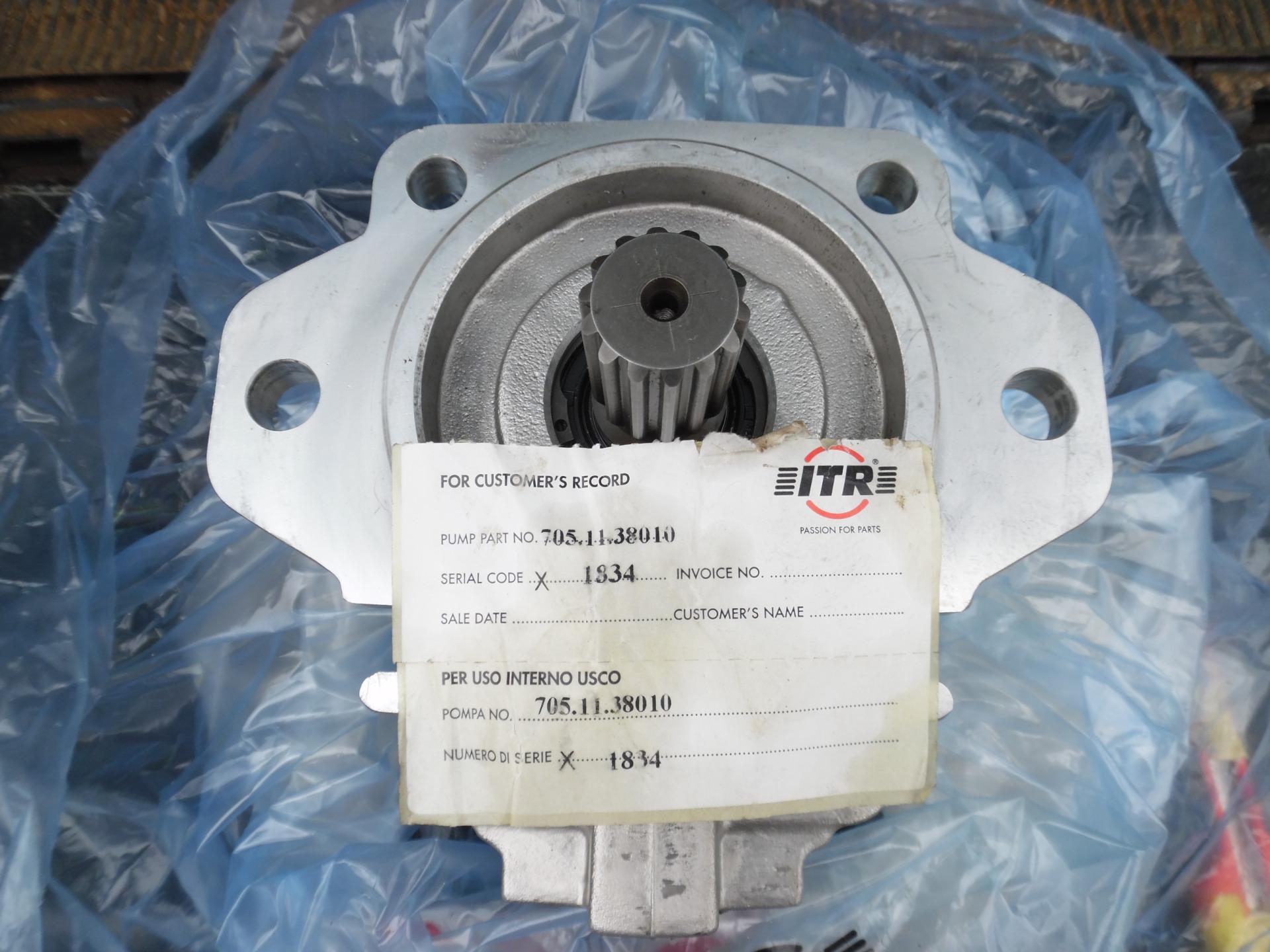 Гидронасос ITR 705-11-38010 для бульдозера D65E-12